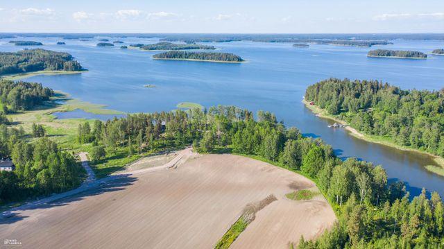 Loviisa, Isnäs, Kabbölentie 740,  tontti numero 8